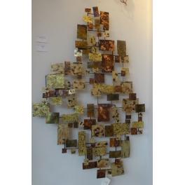 Tableau sculpture Carré de feu, Acier inoxydable doré et cuivré