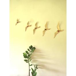 Oiseau mural, Metal or